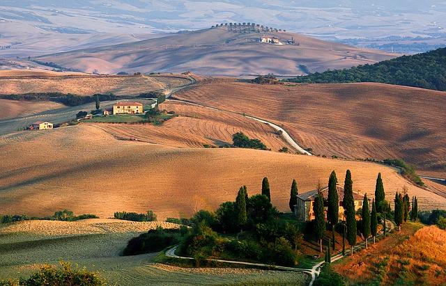 tuscany-1707192 640